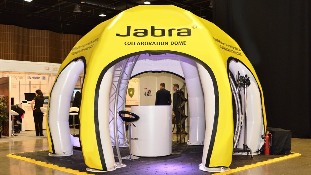 Jabra-MicroStation-Inflatable-Exhibtion-Stand- Publi air-Beurzen