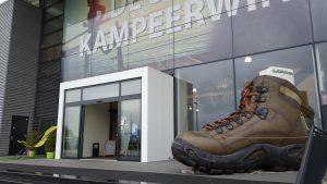 Publi air- opblaasbare schoen blowup - infaltable - shoe - schoen - walking - camping - retail - shops