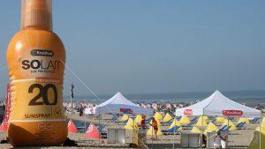 Opblaasbare blowup fles- Publi air Kruidvat inflatable bottle - strand- beach