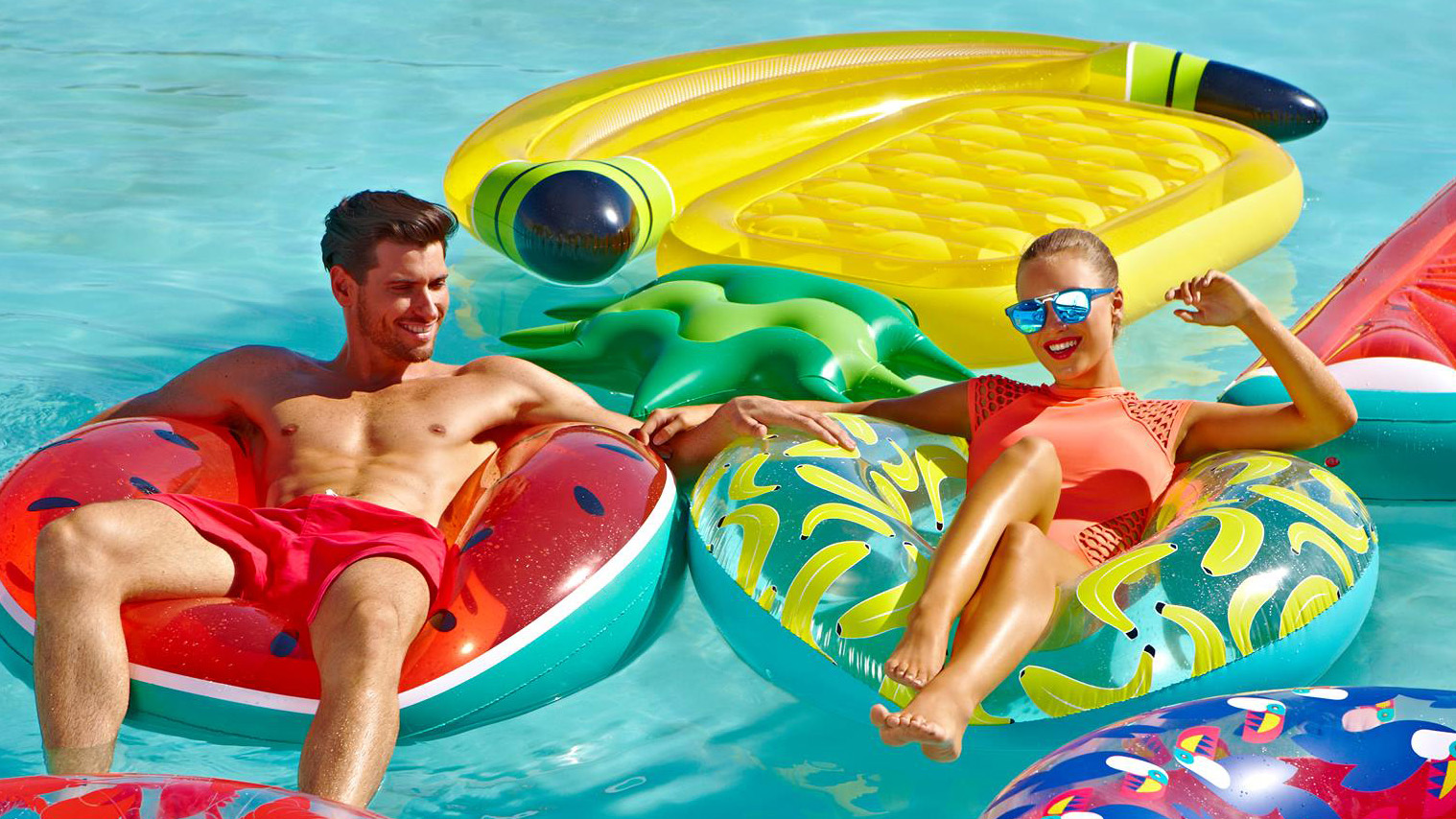 Opblaasbare premiums – Publi air Inflatables summer floats inflatable ring donut luchtbedden – zomergadgets