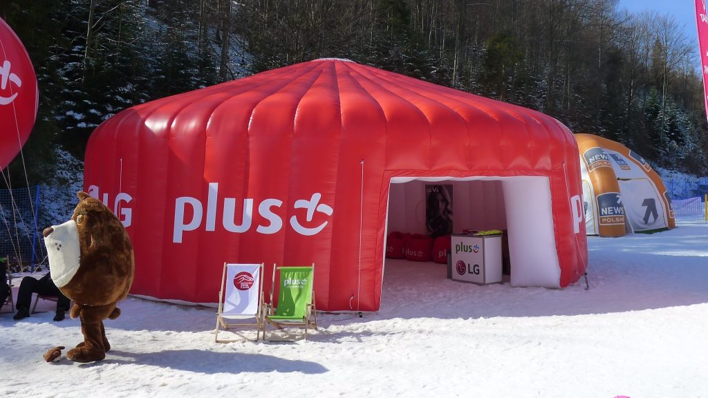 Opblaasbare maatwerk tent - Publi air custom made inflatable tent LG Plus