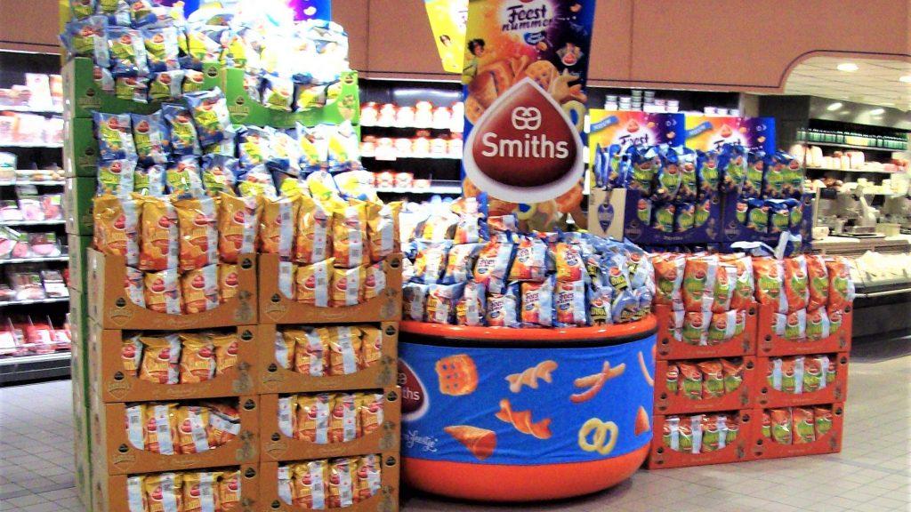 POS materiaal - Publi air - Pepsico stortbak display met topbord en verwisselbare banner