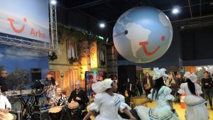 Beurzen-Tui-Opblaasbaar-Inflatable-Bal - Stand - Publi air - Reizen