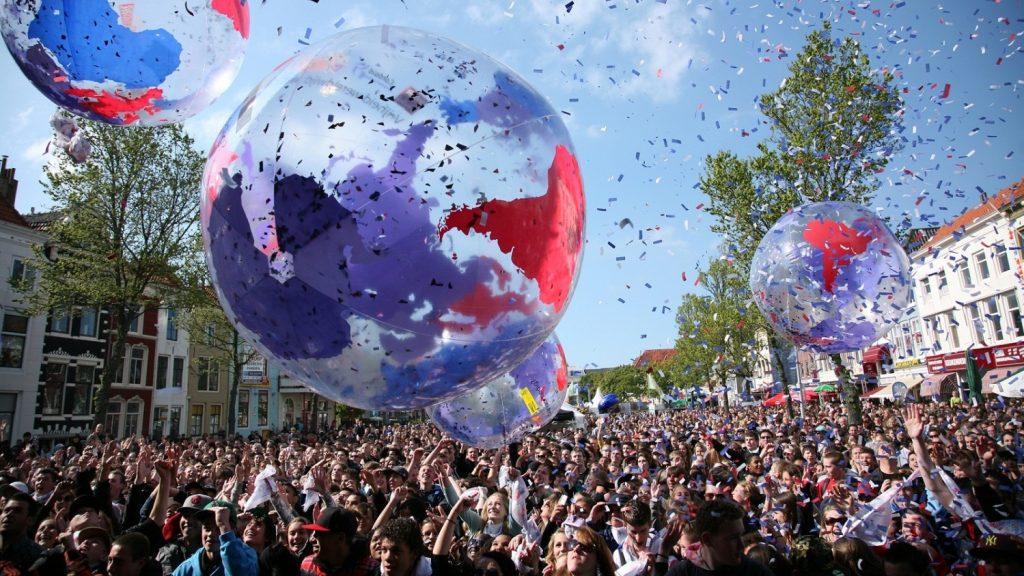 Bevrijdingsfestival-2017-crowdballs-inflatable-opblaasbaar-Publi air- Festival