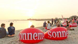 opblaasbare meubels - beachlounger furniture- Sonnema inflatable poufs - Publi air