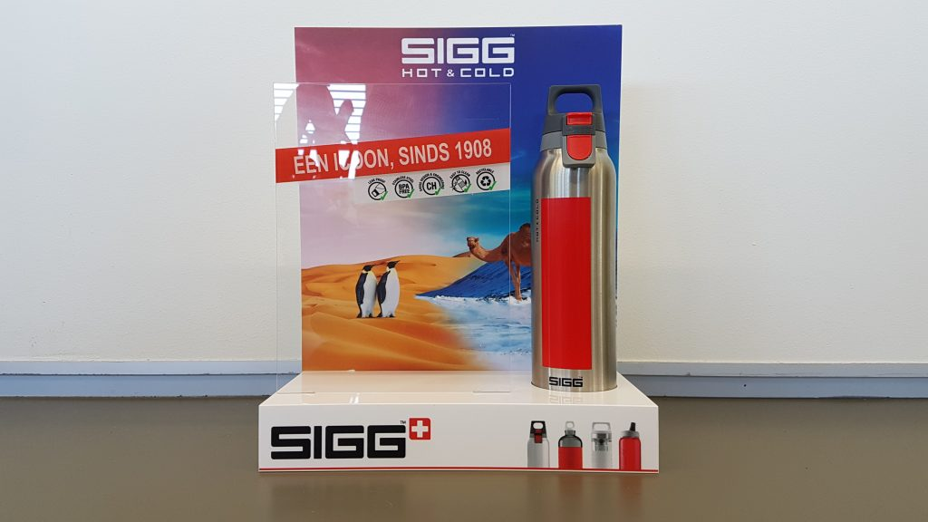 Displays - Publi air SIGG bottle desk display - balie display