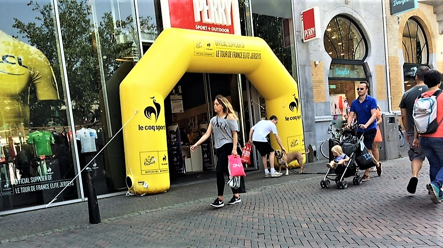 Opblaasbare reclame - Publi air inflatable arch boog