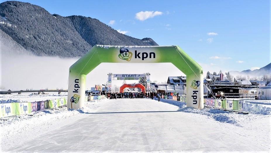 Opblaasbare wedstrijd boog - Publiair voor KPN start finish sport boog schaatsen inflatable arch