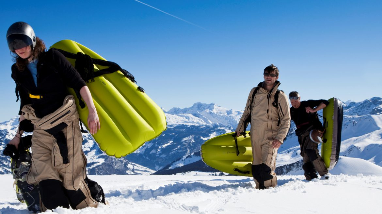 airboard - inflatable - band- snow - winter- sleigh publi air - opblaasbaar - sneeuw - snow fun - premium