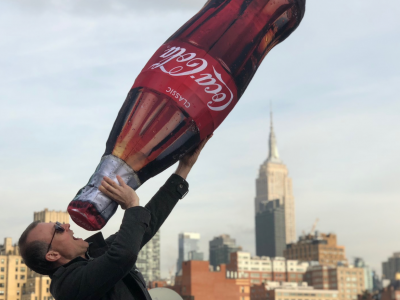 stackawrap display publi air coca cola