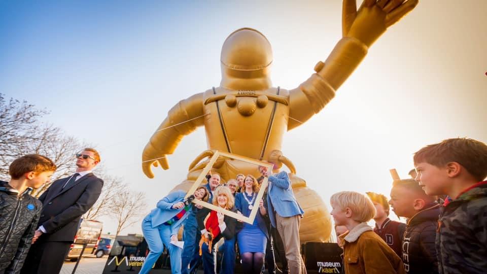 Gouden Astronaut Publi air